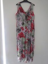 BN Katies Paradise Coral Floral Stretch Maxi   Size: 1XL