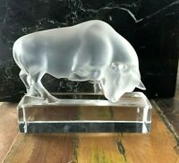 """LALIQUE - """" Bull Paperweight Figurine -IN PERFECT CONDITION !!!!!"""