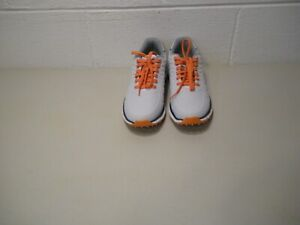 ETONIC DIFFERENCE SPIKELESS GOLF SHOES #EG901WO.... Size 10...NWOB