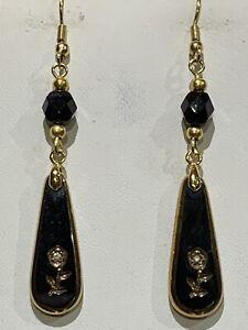 SALE *RARE VTG. HANDCRAFTED AUSTRIAN BLACK JET GLASS & CRYSTAL DROP EARRINGS.gld
