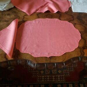 placemats set of 4 with 4 Napkins