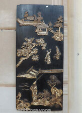 Antico pannello Cinese in legno con pietre dure in bassorilievo, scene e figure