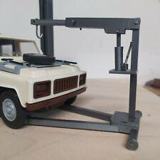 Motorkran Modellbau Diorama 1:18 Werkstatt