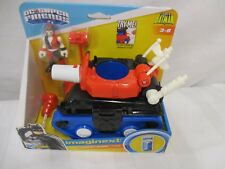 Fisher price Imaginext DC Superfriends Harley Quinn Tank Jokers girlfriend fist