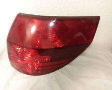 2004-2005 TOYOTA SIENNA RIGHT  TAILLIGHT PASSENGER SIDE OUTER TAIL LIGHT RH