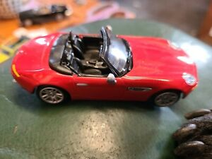 Hongwell 1:43 scale BMW Z8 Metal diecast model car Very Good Condition