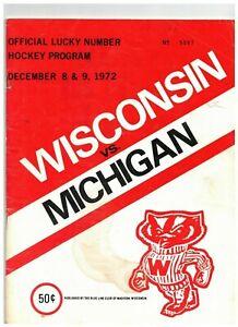 1972 Wisconsin Badgers vs Michigan Vintage Hockey Program READ DESCRIPTION(JS)