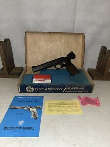Smith & Wesson 78G .22 Caliber Pellet Pistol C02 W Box, Manual MINTY UNTESTED