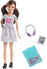 Barbie Team Stacie Tech-Savvy Gamer Doll DreamHouse Adventures Gbk55