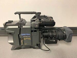 Hitachi Z-2010A U Color Studio Digital Camera With Fujinon Lens