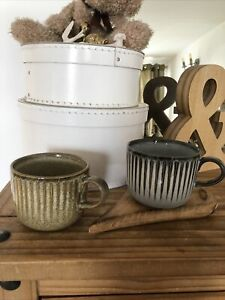 John Lewis 2 x Stoneware  Primitive 500ml Mugs One x Brown & One x Charcoal NEW