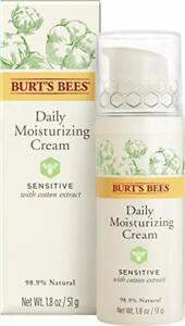 Burt's Bees 98.9% Natural Daily Moisturising Cream, Day Lotion Sensitive Skin