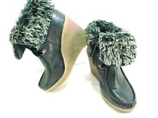Mossimo Supply Black Wedge Ankle Boots Faux Fur Trim Lace Up Women's Size 9N