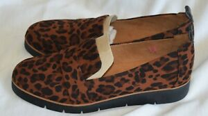DR. SCHOLL'S LEOPARD PRINT LOAFERS - SIZE 9M - NEW WITHOUT BOX