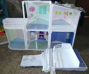 Geoffrey ToysRus Real Friends Fashion Doll House Barbie size