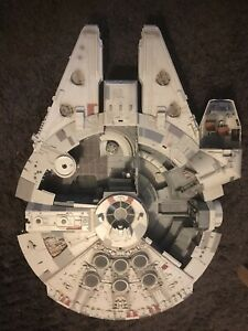 2008 Star Wars Legacy Collection Millennium Falcon Incomplete