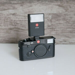 Leica CF-22 flash with original box, instrutions. Tested and Fully Working