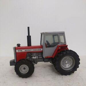 1/20 Ertl Farm Toy Massey Ferguson 699 Tractor