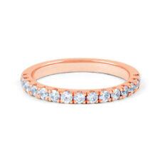 Ringe mit Edelsteinen im Cluster-Stil aus Weißgold für den Jahrestag
