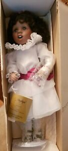 """ANGELIQUE Singing Porcelain AA Doll 17"""" Georgetown Hearts in Song Series (1994)"""