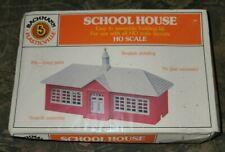 New Bachmann Plasticville School House HO Scale Building Kit, Sealed