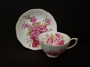 ROSLYN FINE BONE CHINA FOOTED CUP & SAUCER #8586 SUNNINGDALE