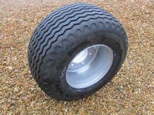 400/60 - 15.5 Flotation Wheel & Tyre Assembly (New)