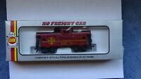 AHM Model Railroad HO gauge Red Caboose