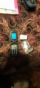 Kyocera DuraXT E4277 Phone, GREAT Shape!!  Perfect For Red Pocket, Tello!!.
