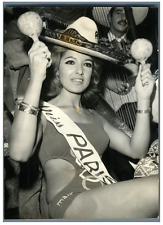 Catherine Sejour, Miss Paris 1968 Vintage silver print Tirage argentique  13