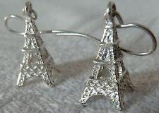 Par de pendientes de Gancho Plateado Torre Eiffel