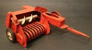 Vintage Tru-Scale Hay Baler Shredder Toy Farm Implement Working 1960/70's Toy