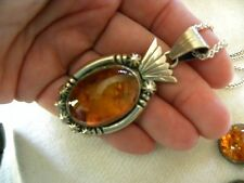 EARTHY GENUINE AMBER & STERLING SILVER HANDCRAFTED PENDANT & STERLING CHAIN