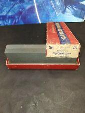 Vintage Carborundum Combination Sharpening Stone #110 7x2x1 Original Box B5
