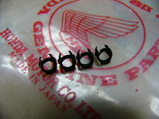 Honda CB 500 Four K0 K1 K2 Clip Set für Tankembleme Original Neu