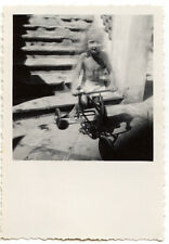 Enfant sur son tricycle - photo ancienne amateur an. 1930