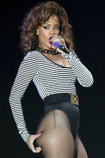 Rhianna photo singing in concert 11x17 Mini Poster