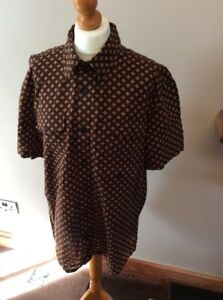 gap brown Print Short Sleeved Shirt Size Large cotton  Used