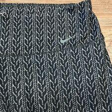 Nike Legend Capri Medium M Gray Green Geometric Print Tight Pants Crops