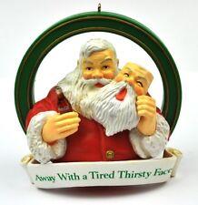 Coca-Cola Coke USA Anhänger Figur Christbaumschmuck Ornament Santa mit Maske