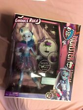 Mattel Monster High Ghouls Rule Abbey Bominable