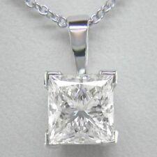 18 Carat White Gold VS2 Fine Diamond Necklaces & Pendants