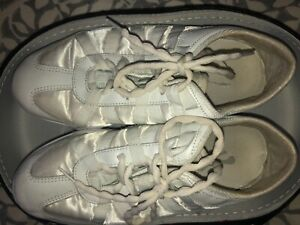 nfinity cheer shoes