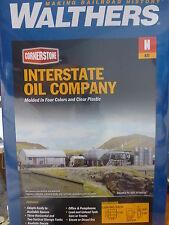 Walthers N #933-3200 Interstate Fuel & Oil - Kit (Plastic Kit)