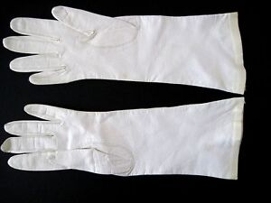 ANDREE Vintage Cream Colored Leather Gloves Size 6 France