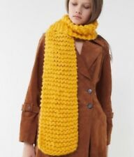 NWT UO URBAN OUTFITTERS THICK CHUNKY KNIT OBLONG PLUSH SCARF YELLOW SOFT & COZY