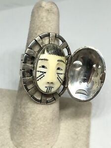 Denise Wallace Sterling Silver Fossil Small Woman in the Moon Ring w Door Sz 7