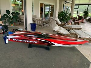 Traxxas Spartan Brushless Race Boat - Red