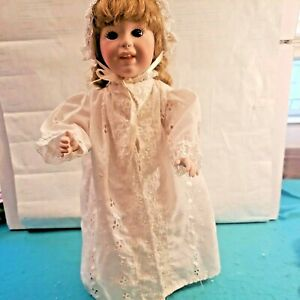 "Antiqye Style Vintage White Eyelet Doll Dress, Robe & Hat for 14"" dolls"