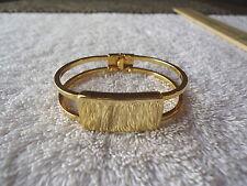 "Vintage AK Gold Colored Spring Loaded Bracelet "" VERY BEAUTIFUL BRACELET """